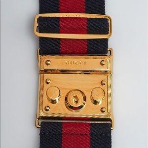 GUCCI Classic Red & Blue Canvas Belt Gold Clasp 🐝